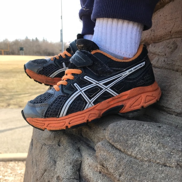 3b2c8131059 Asics Other - ASICS sneakers 10 M little kids shoes toddler boy